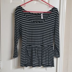 Tops - Striped peplum top